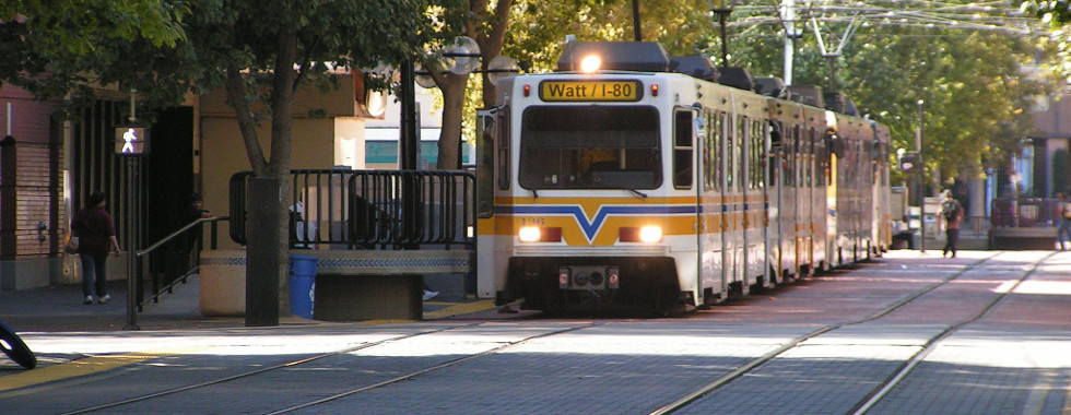 slideSacramento_Light_Rail-980x380